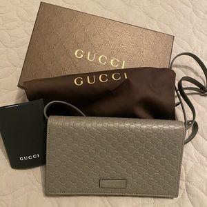 Gucci Guccissima Micro crossbody